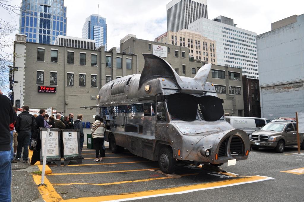 Maximus/Minimus Food Truck in Seattle, Washington