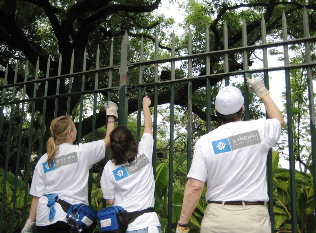Tourism Pros Volunteer during the Tourism Cares Project in New Orleans, Spring 2008