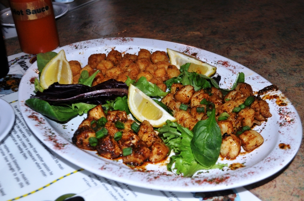 Fresh Scallops Prepared by Neon Leon's Zydeco Steakhouse in Homosassa, Fla., Sept. 2014