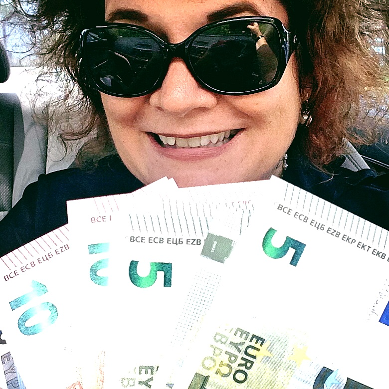I'm a Happy Traveler After Picking Up My Euros from Bank of America