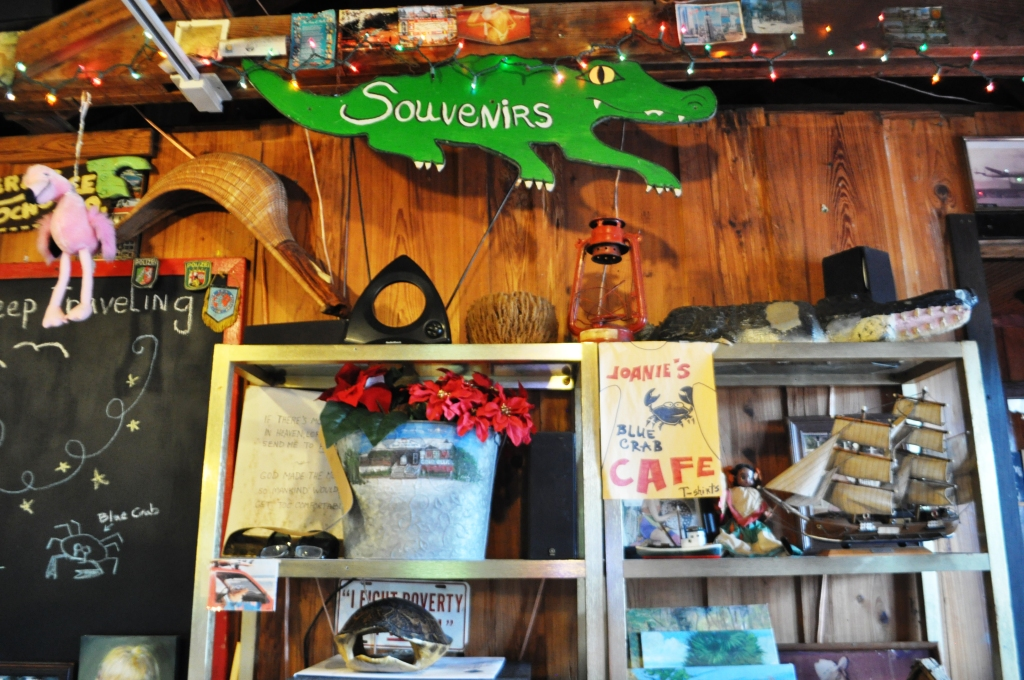 Joanie's Blue Crab Cafe Is Worth A Stop To Taste Everglades Cuisine