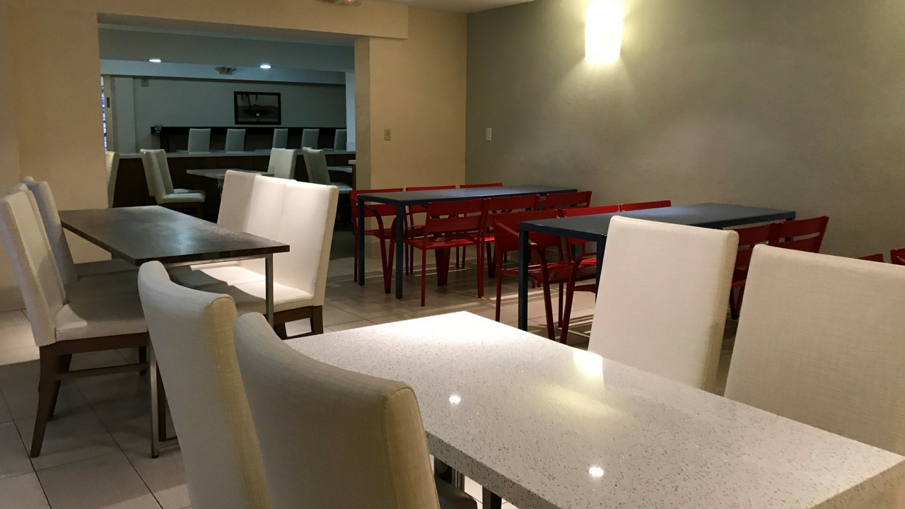 Common Area at the Red Roof PLUS+ Miami Airport, Nov. 2017