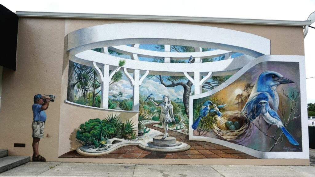One of Several Murals in Lake Placid, Fla.