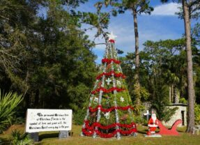 Florida Travel: It's Always Christmas in Christmas