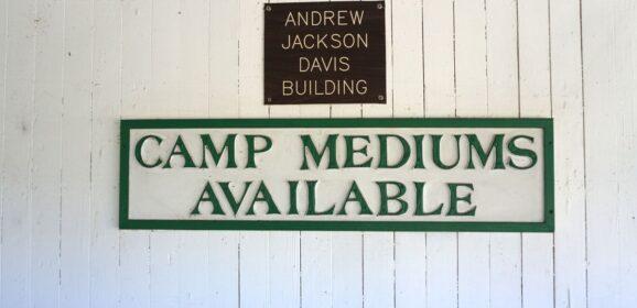 Florida Travel: Sunday Afternoon Messages at the Cassadaga Spiritualist Camp